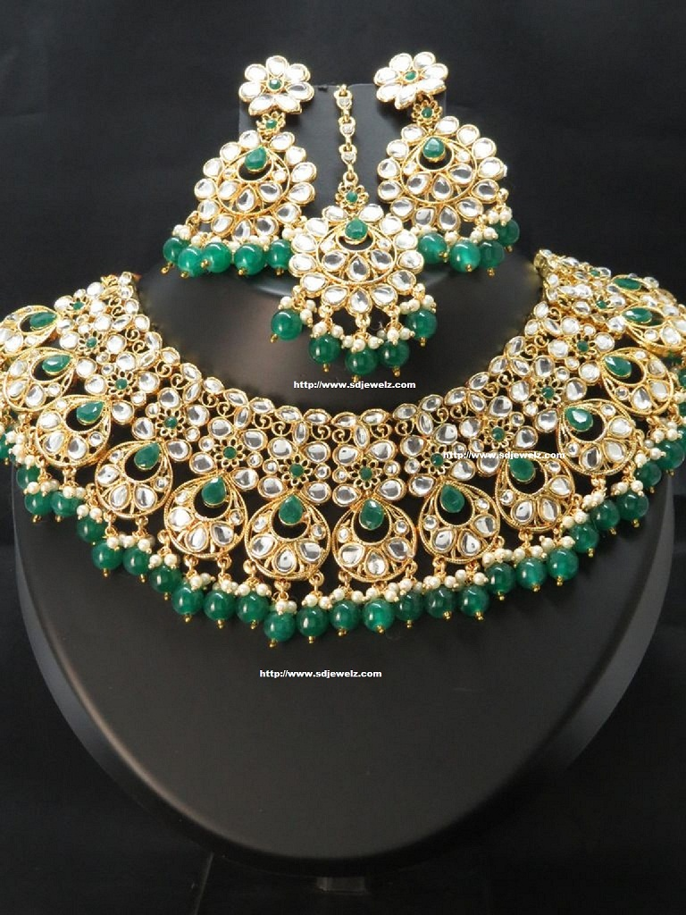 bridal costume Indian kundan necklace set