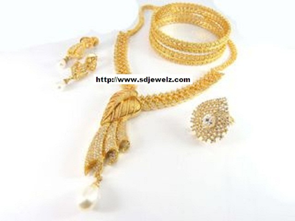 leaf shape american diamonds necklace set with ring earrings bangles