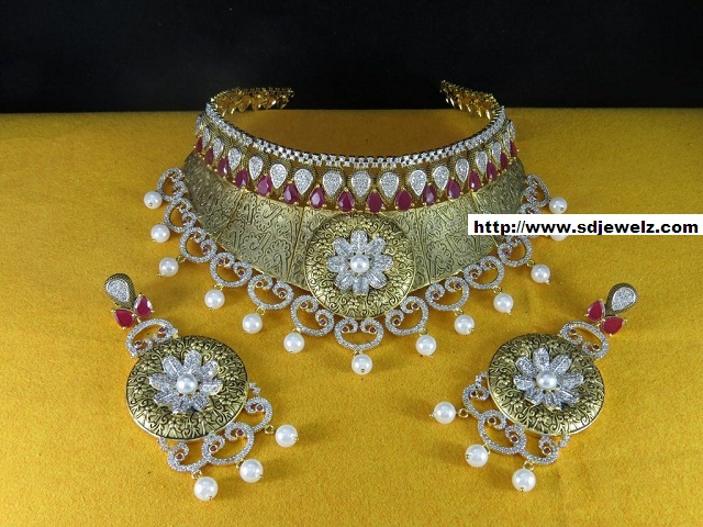 pink stone studded cz choker necklace set