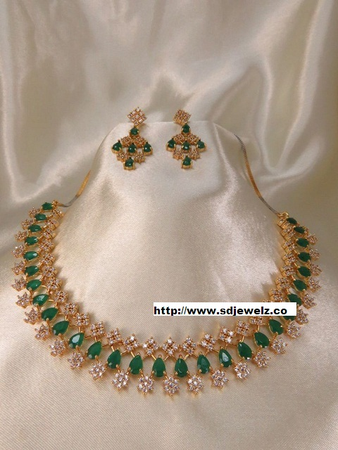 green stone studded cz necklace set