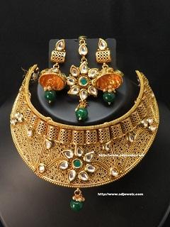 kundan choker set in gold polish