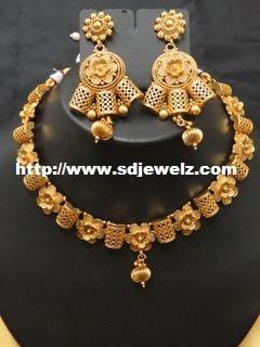 metallic necklace set