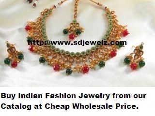 multicolour metallic necklace set