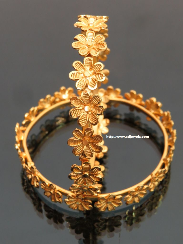 gold plated bangles set